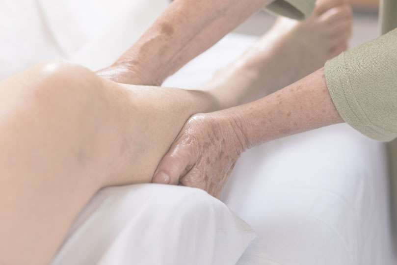 lymphatic drainage massage in the lower leg region adelaide